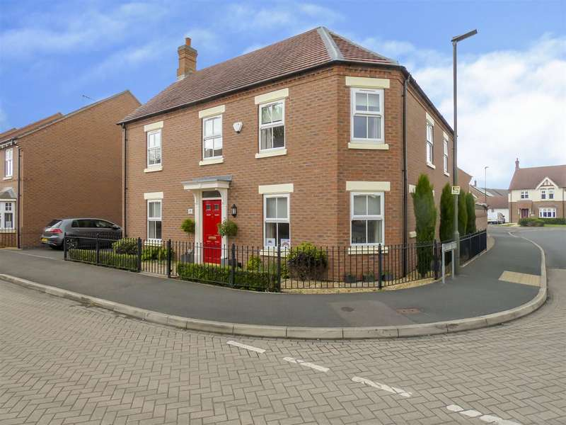 4 Bedrooms Detached House for sale in Circuit Drive, Long Eaton