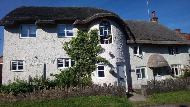 4 Bedrooms Semi Detached House for sale in Martins Road, Keevil, Trowbridge, Wiltshire, BA14