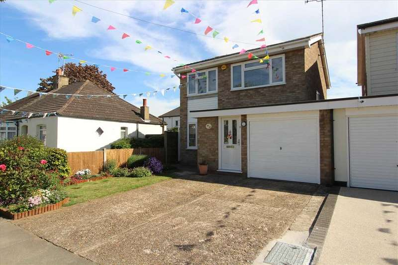 4 Bedrooms Detached House for sale in Leigh on Sea