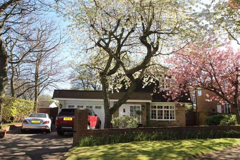4 Bedrooms Detached House for sale in Woodlands, Preston Village, NE29