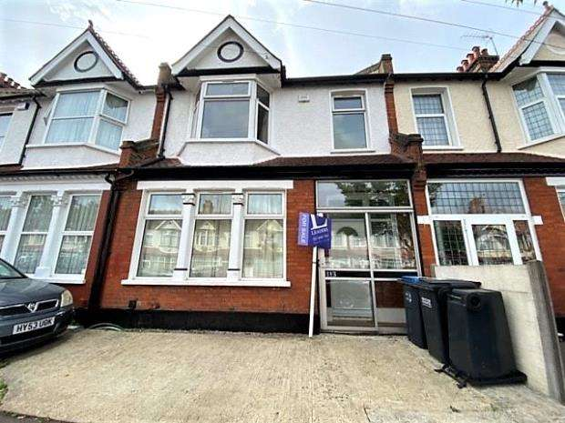 5 Bedrooms Terraced House for sale in Leander Road, Thornton Heath, London