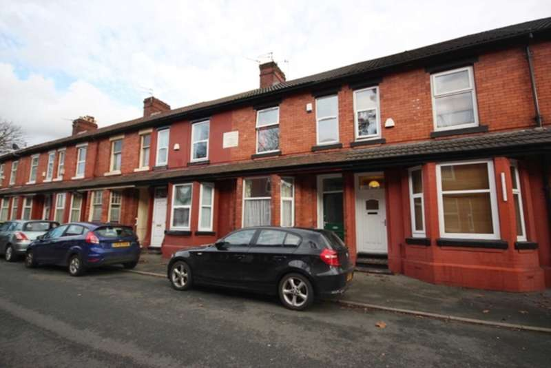 4 Bedrooms Terraced House for sale in Albion Road, Manchester