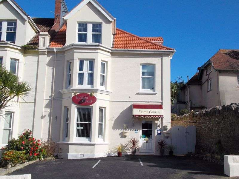 6 Bedrooms Property for sale in Paignton