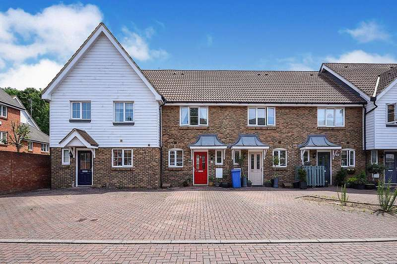 2 Bedrooms House for sale in Finch Close, Faversham, Kent, ME13