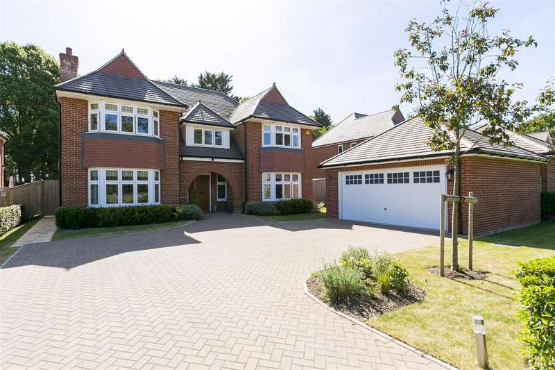 5 Bedrooms House for sale in St. Andrews Close, Aylesford