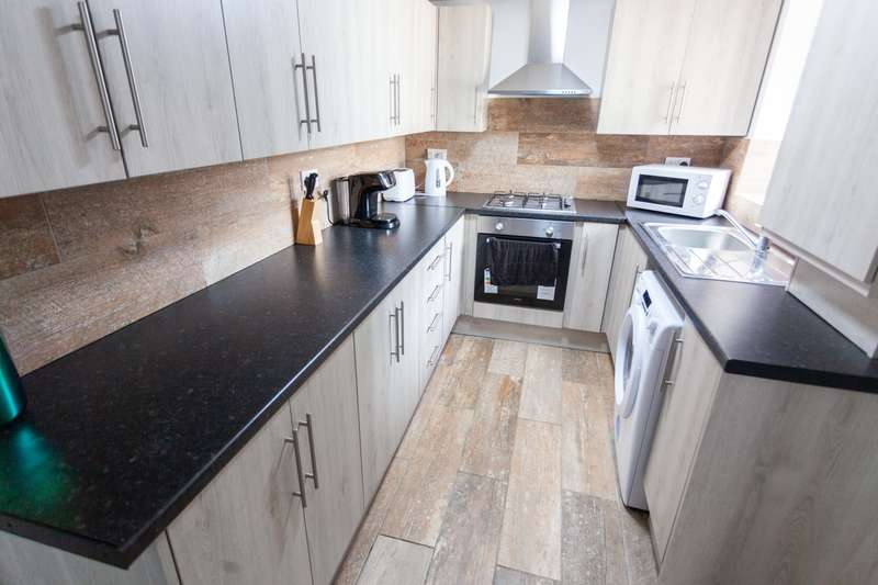 6 Bedrooms Terraced House for rent in Wrenbury Street, L7 2PU,