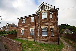 5 Bedrooms Flat for rent in 5 bedroom Ground Floor Flat in Winton