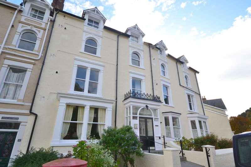 4 Bedrooms Penthouse Flat for sale in Church Walks, Llandudno, Conwy, LL30