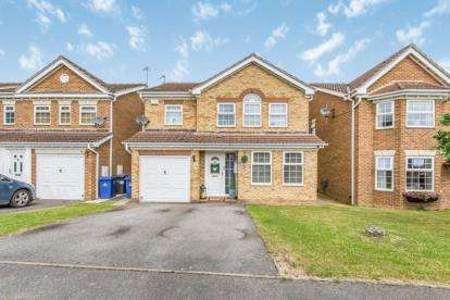 4 Bedrooms Detached House for sale in Elwin Court, Balby, Doncaster