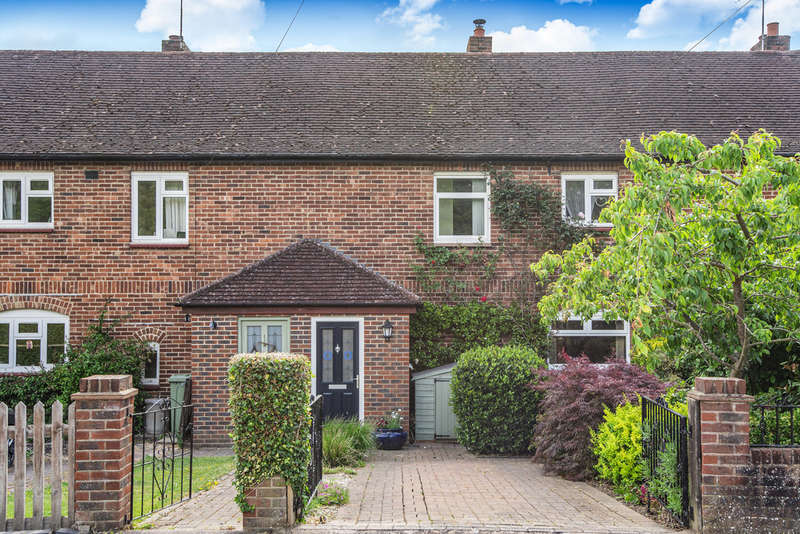 2 Bedrooms Terraced House for sale in New Road, Penshurst TN11