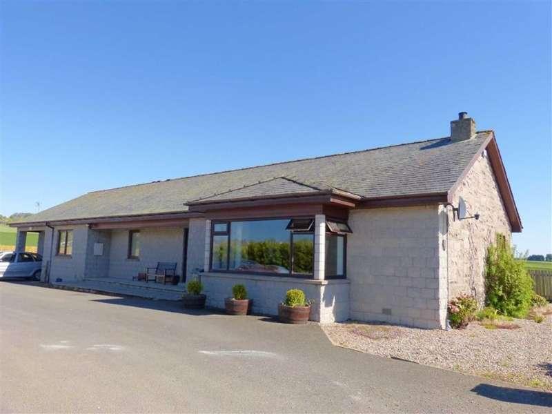 3 Bedrooms Detached Bungalow for sale in 2, Forfar Road, Maryton, Kirriemuir, Angus