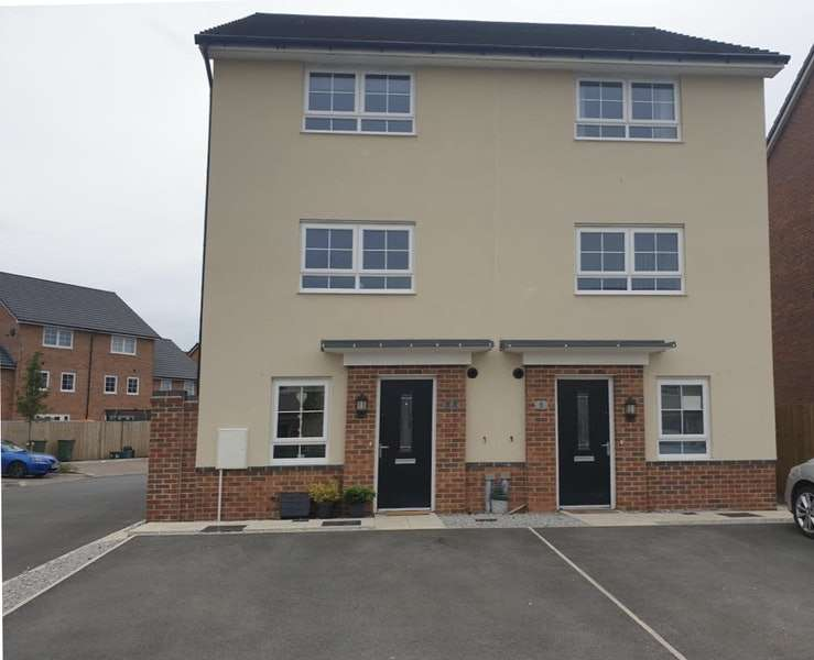 4 Bedrooms Semi Detached House for sale in Washburn Avenue, Ellesmere Port, Cheshire, CH65