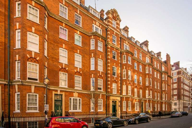 4 Bedrooms Flat for rent in Brown Street, Marylebone, W1H