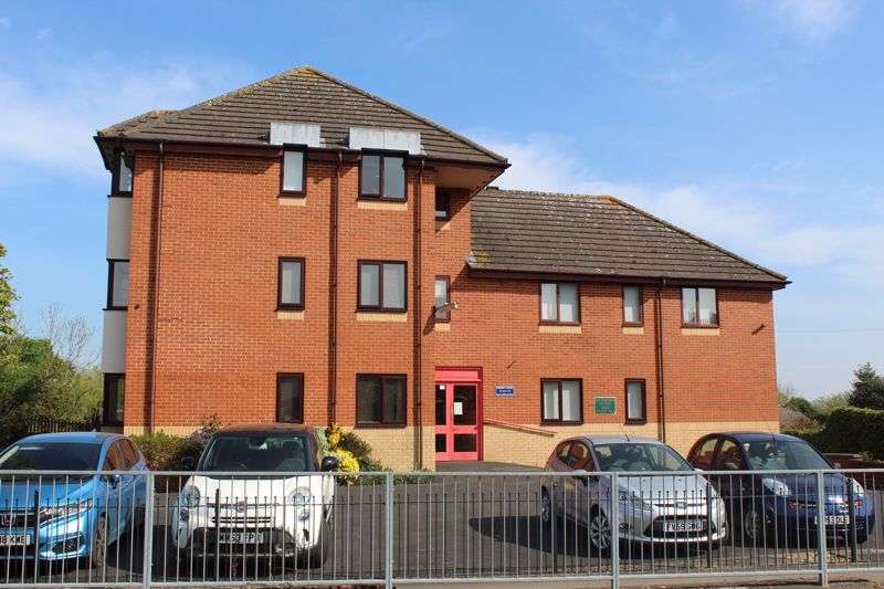 2 Bedrooms Property for sale in Priory Court, Albemarle Road, Churchdown, Gloucester