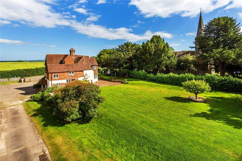 5 Bedrooms Detached House for sale in Crowhurst Lane, Crowhurst, Lingfield, Surrey, RH7
