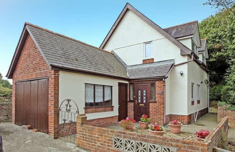 2 Bedrooms Detached House for sale in Bontnewydd, Caernarfon, Gwynedd, LL54