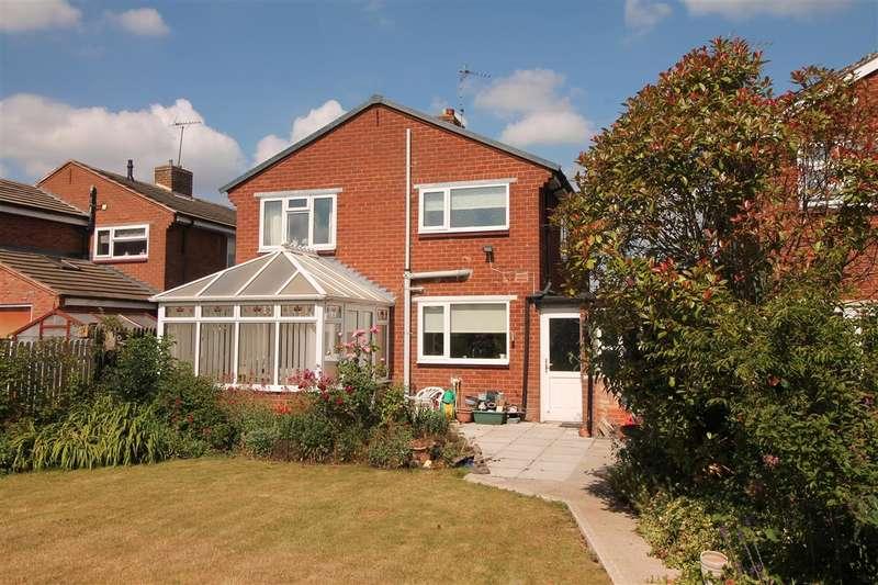 3 Bedrooms Detached House for sale in Gerard Road, Alcester, Warwickshire, Alcester