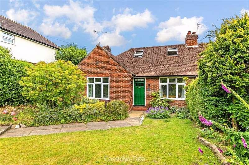 2 Bedrooms Property for sale in Marshalls Heath Lane, Wheathampstead, Hertfordshire - AL4 8HR
