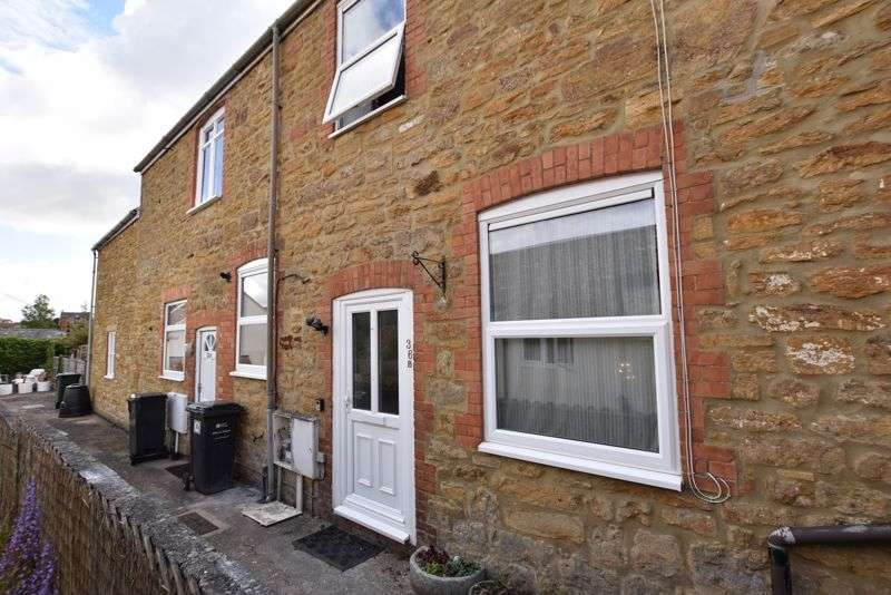 2 Bedrooms Property for sale in St. James Street, South Petherton