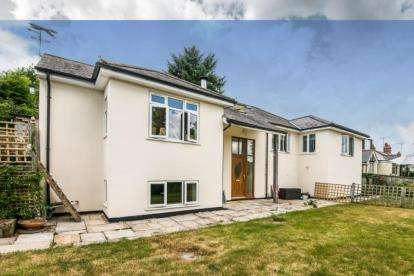 4 Bedrooms Detached House for sale in Newton Poppleford, Sidmouth, Devon