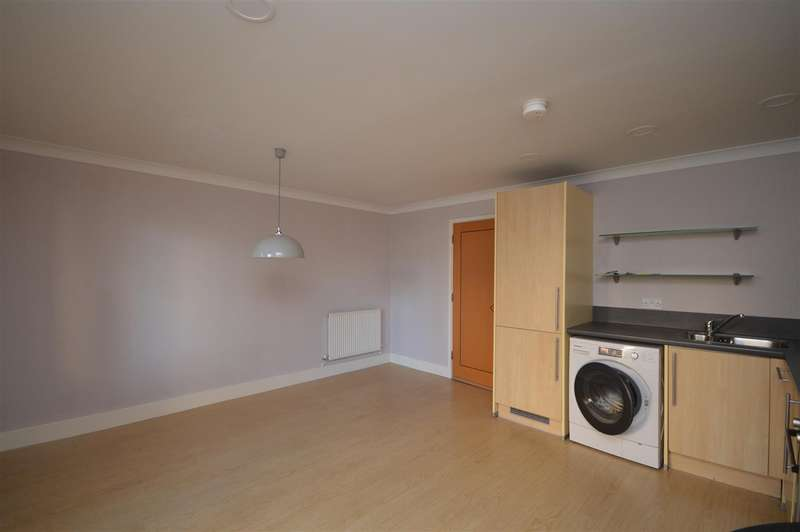 3 Bedrooms Town House for rent in Wherry Road, Norwich