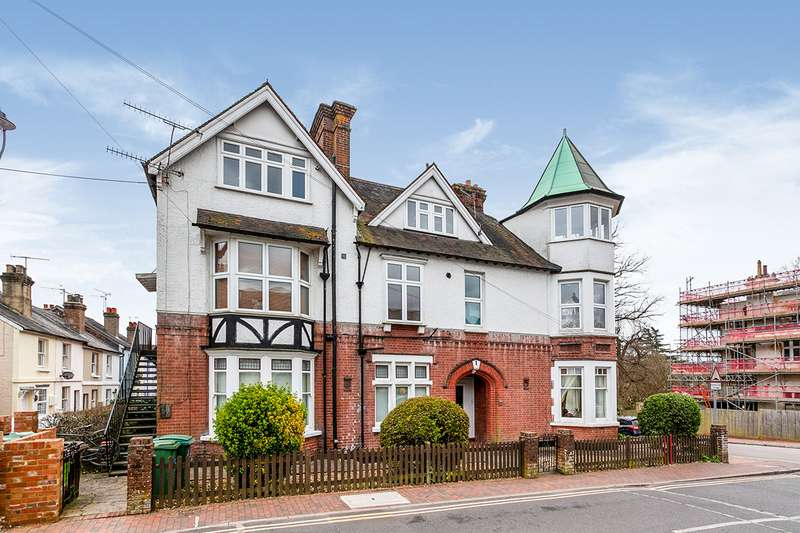 1 Bedroom Apartment Flat for sale in Madeira Park, Tunbridge Wells, Kent, TN2