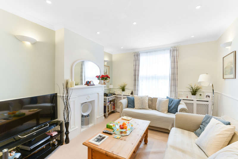 2 Bedrooms End Of Terrace House for sale in Merton Road, Southfields, SW18