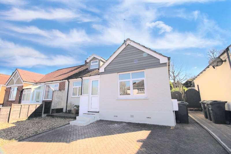 3 Bedrooms Semi Detached Bungalow for sale in Shaftesbury Avenue, Waterlooville, Hampshire, PO7