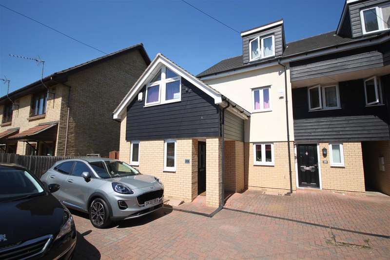 3 Bedrooms End Of Terrace House for sale in Green End Road, Cambridge