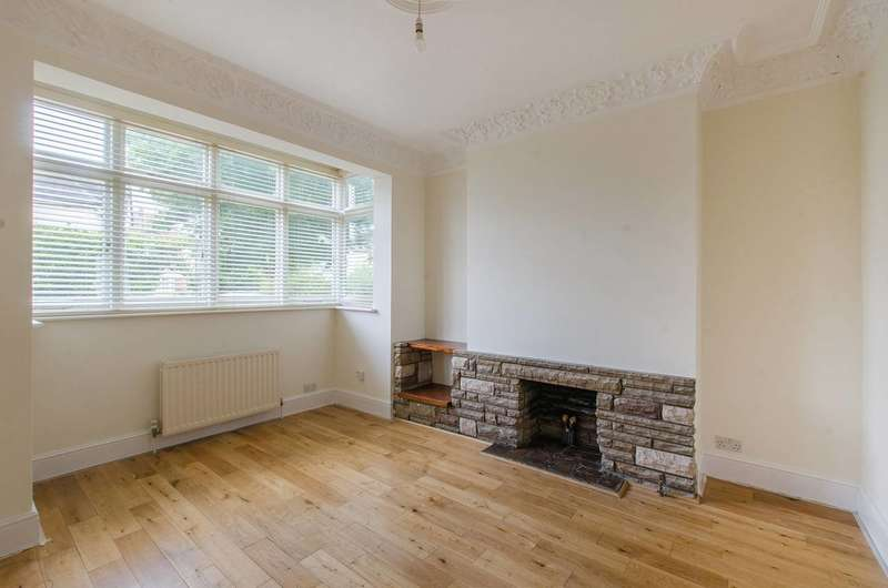 4 Bedrooms House for rent in Babbacombe Road, Bromley North, BR1