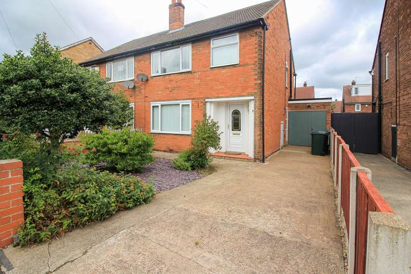 3 Bedrooms House for sale in Colchester Court, Scawsby, Doncaster