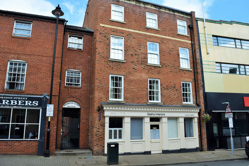 2 Bedrooms Ground Flat for sale in 12 Bridge Street , Hereford, Hereford, Herefordshire, HR4 9DF