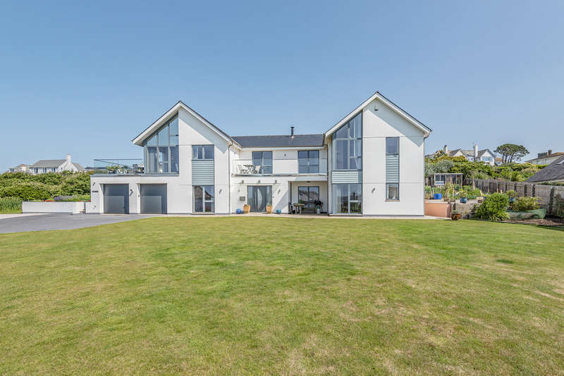 5 Bedrooms Detached House for sale in Ilbert Road, Thurlestone