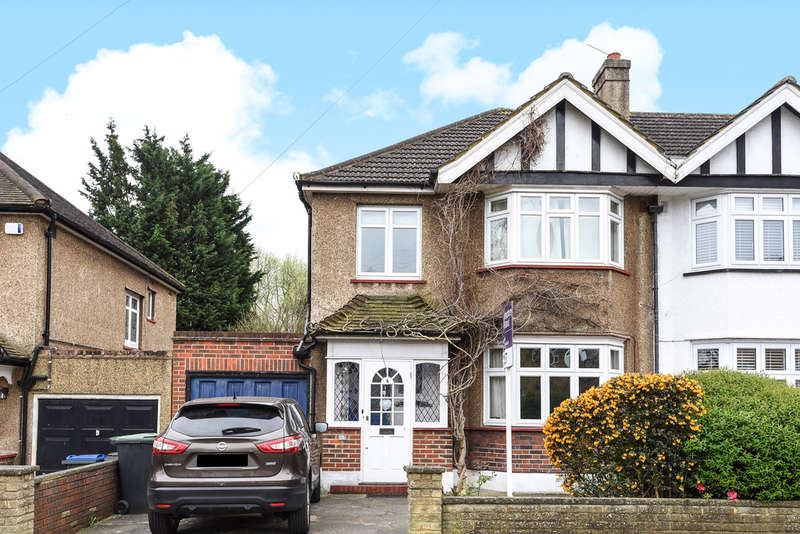 3 Bedrooms Semi Detached House for rent in Herne Road
