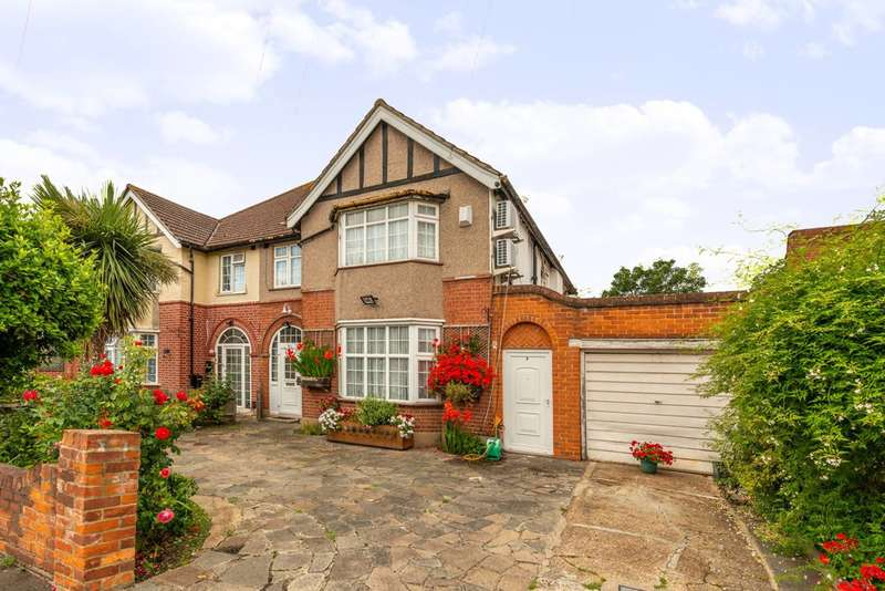 6 Bedrooms Semi Detached House for sale in Lampton Park Road, Hounslow, TW3
