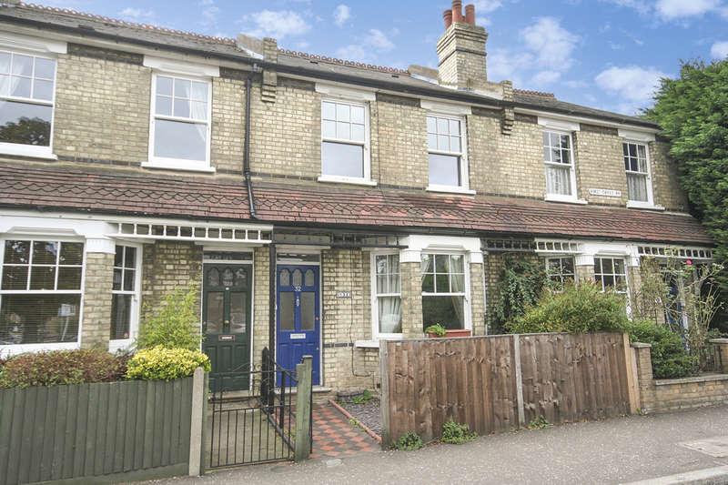 3 Bedrooms Terraced House for rent in First Cross Road, Twickenham, TW2