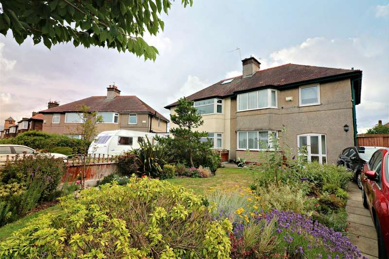 3 Bedrooms Semi Detached House for sale in Leasowe Road , Moreton, Wirral, CH46 2RE