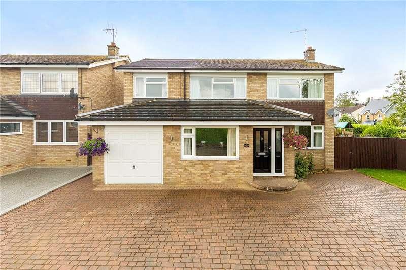 5 Bedrooms Detached House for sale in Wychford Drive, Sawbridgeworth, Hertfordshire, CM21