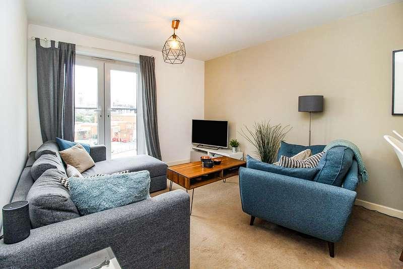 2 Bedrooms Apartment Flat for sale in Irwell Building, Derwent Street, Salford, M5
