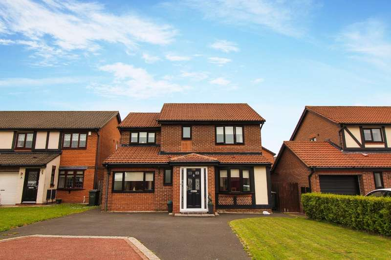 4 Bedrooms Detached House for sale in Canonsfield Close, North Walbottle, Newcastle Upon Tyne