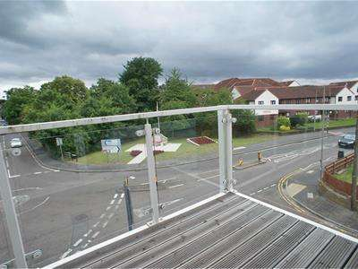 1 Bedroom Retirement Property for sale in Broomstick Hall Road, Waltham Abbey