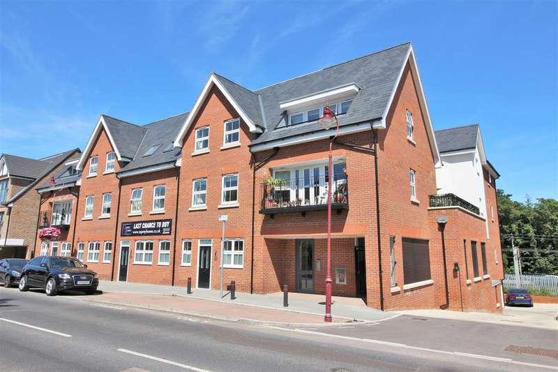 2 Bedrooms Flat for rent in Watling Street, Radlett