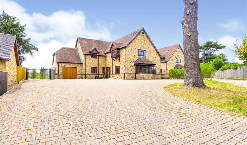 3 Bedrooms Detached House for rent in Burghfield Bridge, Burghfield, Reading, Berkshire, RG30