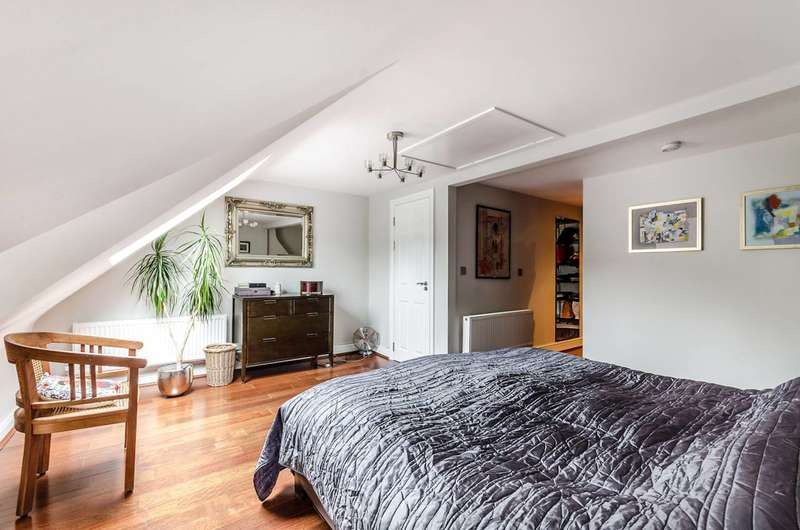 5 Bedrooms Terraced House for sale in Glengarry Road, East Dulwich, SE22