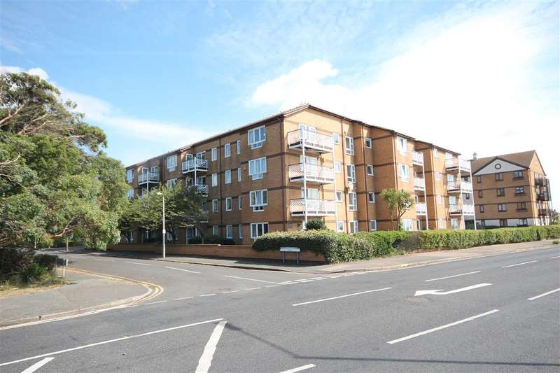 2 Bedrooms Apartment Flat for sale in Knightsbridge Court, Connaught Gardens East, Clacton-on-Sea