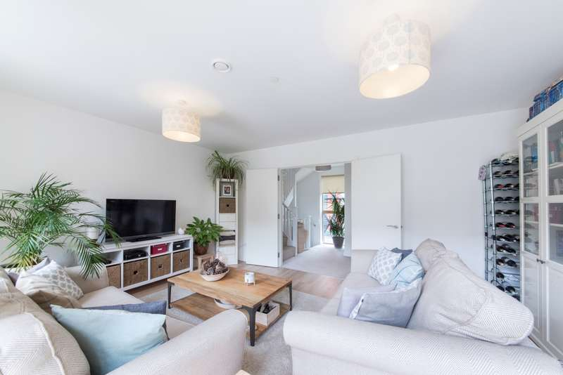 3 Bedrooms Terraced House for sale in Eddington Court, Hallsville Quarter, Canning Town E16