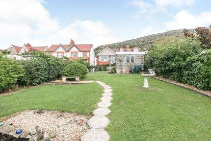 3 Bedrooms Bungalow for sale in Foel Park, Dyserth, Denbighshire, LL18
