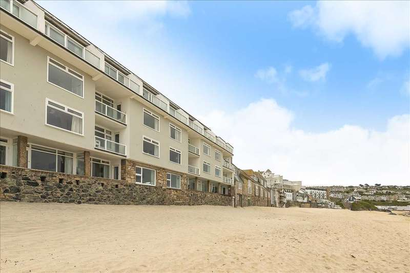 2 Bedrooms Apartment Flat for sale in Piazza, St Ives
