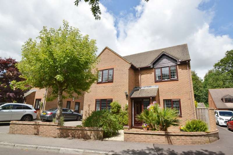 4 Bedrooms Detached House for sale in Winterborne Whitechurch