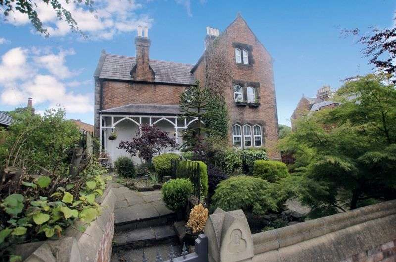 6 Bedrooms Property for sale in Columbia Road, Oxton, Wirral